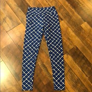 Blue, patterned Lularoe leggings